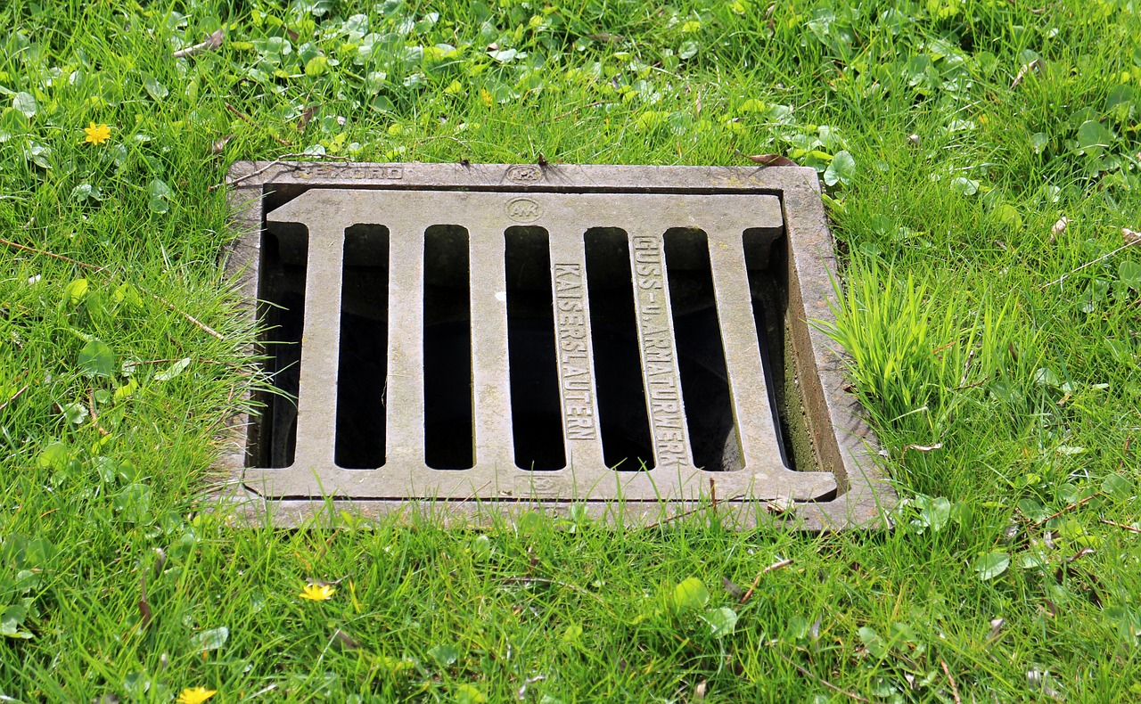 Clear blocked drains in your garden